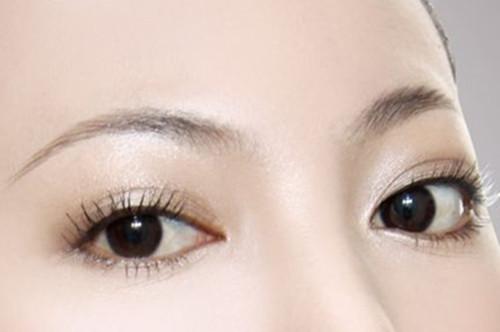 青岛市中心医院整形双眼皮手术好处 价格优惠